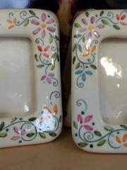 Bomboniere personalizzate in ceramica dipinte a mano.
