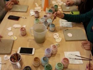 Corsi di ceramica presso il laboratorio Creta Rossa.