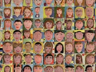 """II edizione di """"Quadri d'autore"""", dove i bambini degli stessi plessi realizzarono centinaia di mattonelle 20x20 cm con i loro autoritratti."""