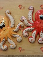 Polipi in ceramica dipinti a mano - collezione 2018. Se desidera ordinarli si consiglia di andare nella sezione prodotti (pesci e stelle) e inviare un'email info@cretarossa.it con i quantitativi e i modelli che si desidera. Non ci sono quantitativi minimi