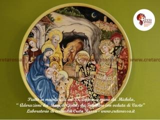 """cod.art: lc01 - Piatto in ceramica da cm 35, raffigurante """"Adorazione dei Magi"""" di Gentile da Fabriano con veduta di Vasto. Ne vorresti uno simile? Invia una richiesta e riceverai il preventivo con le spese di spedizione."""