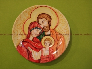 """cod.art: lc03 - Piatto in ceramica da cm 25, raffigurante """"Sacra Famiglia"""". Ne vorresti uno simile? Invia una richiesta e riceverai il preventivo con le spese di spedizione."""