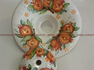 cod.art: la02 - Lampadario in ceramica, dipinto a mano e personalizzato su richiesta.  Ne vorresti uno simile? Invia una richiesta e riceverai il preventivo con le spese di spedizione.