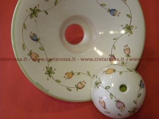 cod.art: la06 - Lampadario in ceramica, dipinto a mano e personalizzato su richiesta.  Ne vorresti uno simile? Invia una richiesta e riceverai il preventivo con le spese di spedizione.