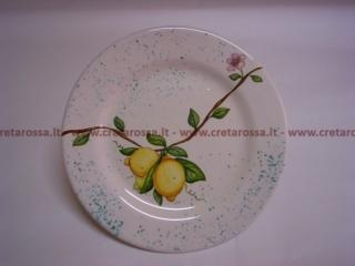 cod.art: pt05 - Piatto in ceramica dipinto a mano con limoni. Ne vorresti uno simile? Invia una richiesta e riceverai il preventivo con le spese di spedizione.