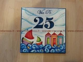 """cod.art: nc124 - Mattonelle in ceramica, cmd20x20 dipinta a mano con """"Casotti""""  Ne vorresti uno simile? Invia una richiesta e riceverai il preventivo con le spese di spedizione."""