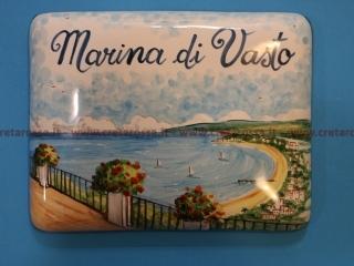 cod.art: va38 - Mattonella in ceramica con paesaggio di Vasto, dipinto a mano in base alla richiesta del cliente. Ne vorresti uno simile? Invia una richiesta e riceverai il preventivo con le spese di spedizione.