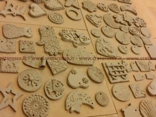 """Workshop di ceramica """"Collane d'autore"""" con Creta Rossa di Vasto."""