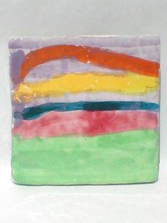 Mattonella 10x10 realizzata e dipinta a mano da bambini diversamente abili. Tecnica:maiolica