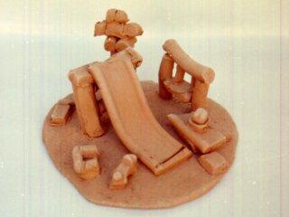 """""""Al Parco""""; Lavoro realizzato all'interno del laboratorio;Autore: V.M. Tecnica: scultura in terracotta"""