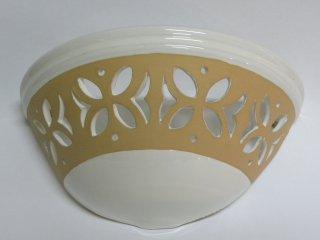 ( CODICE ARTICOLO: ILL/05) Applique in ceramica traforata e smaltata