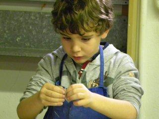 Al Museo Internazionale delle Ceramiche di Faenza per conoscere il metodo Munari.