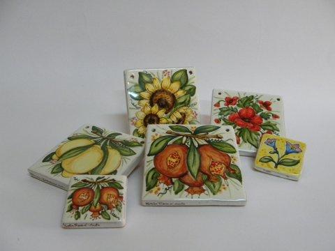 Pannelli e mattonelle in ceramica laboratorio - Mattonelle in ceramica decorate ...