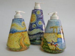 (CODICE ARTICOLO: AB/04)Dispenser dipinti a mano ispirati ad opere di  Van Gogh. Tecnica: maiolica.