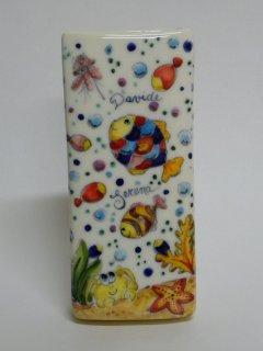 (CODICE ARTICOLO: AB/03) Deumidificatore decorato a mano con pesci tropicali.Tecnica:Maiolica