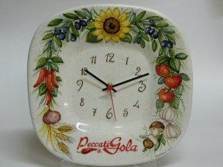 (CODICE ARTICOLO: AZ/02) Orologio in ceramica dipinto a mano con logo aziendale. Tecnica: maiolica