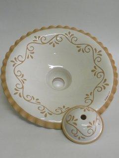 ( CODICE ARTICOLO: ILL/01) Lampadario in ceramica inciso a mano. Tecnica: maiolica