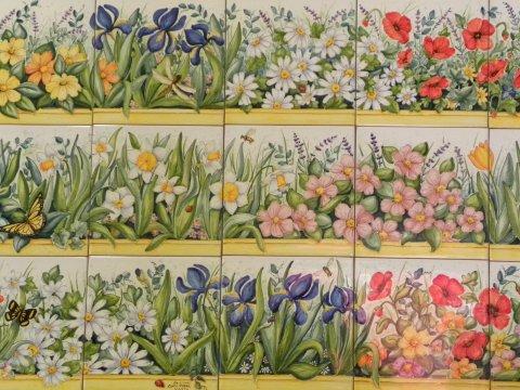 Pannelli e mattonelle in ceramica laboratorio artigianale di