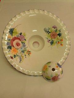 ( CODICE ARTICOLO: ILL/17) Lampadario in ceramica (parte inferiore) dipinto a mano con decoro tipico abbruzese