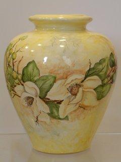 ( CODICE ARTICOLO: ILL/18) - Base per lume in ceramica dipinta a mano con fiori.